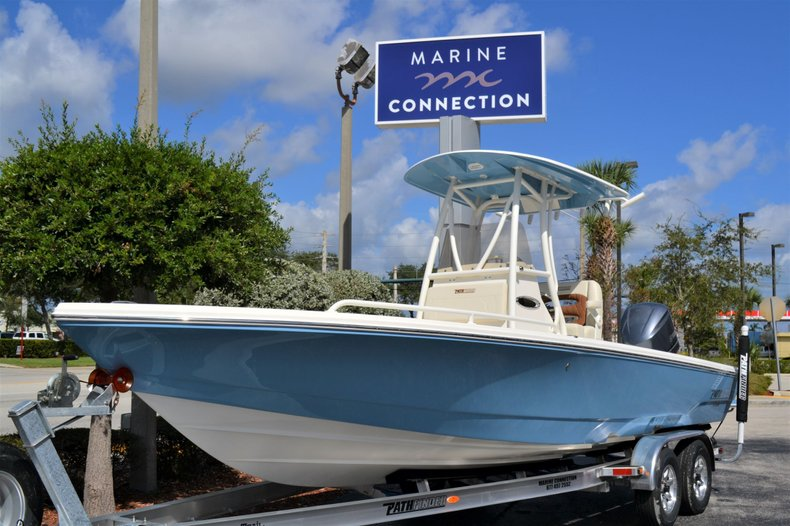 Thumbnail 1 for New 2020 Pathfinder 2600 TRS boat for sale in Vero Beach, FL