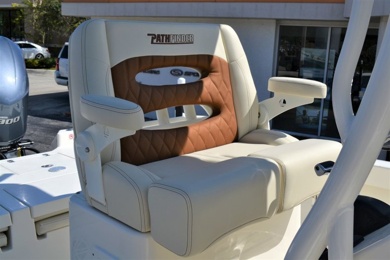 Thumbnail 20 for New 2020 Pathfinder 2600 TRS boat for sale in Vero Beach, FL