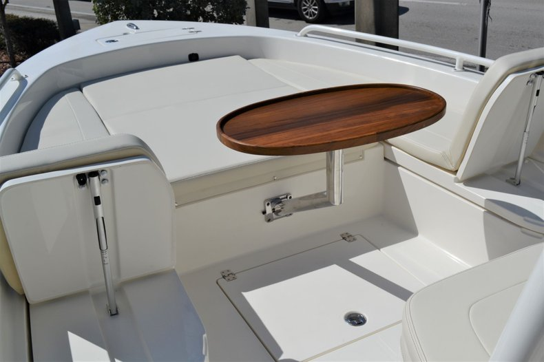 Thumbnail 16 for New 2020 Pathfinder 2600 TRS boat for sale in Vero Beach, FL