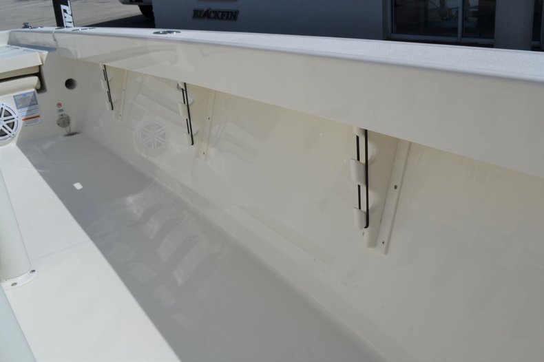 Thumbnail 18 for New 2020 Pathfinder 2600 TRS boat for sale in Vero Beach, FL