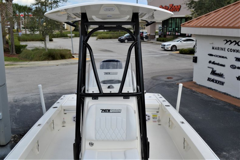 Thumbnail 17 for New 2020 Pathfinder 2500 Hybrid boat for sale in Vero Beach, FL