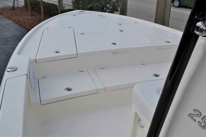 Thumbnail 12 for New 2020 Pathfinder 2500 Hybrid boat for sale in Vero Beach, FL