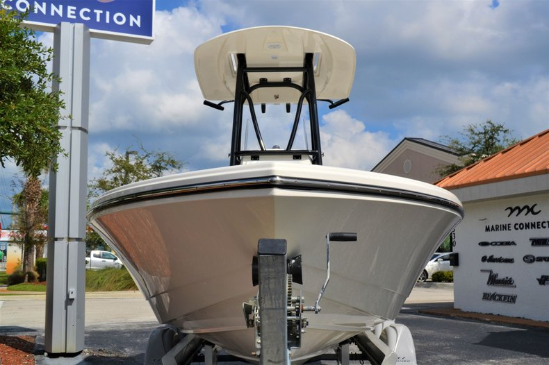 Thumbnail 2 for New 2020 Pathfinder 2500 Hybrid boat for sale in Vero Beach, FL