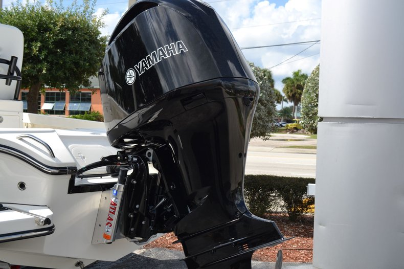 Thumbnail 9 for New 2020 Pathfinder 2500 Hybrid boat for sale in Vero Beach, FL