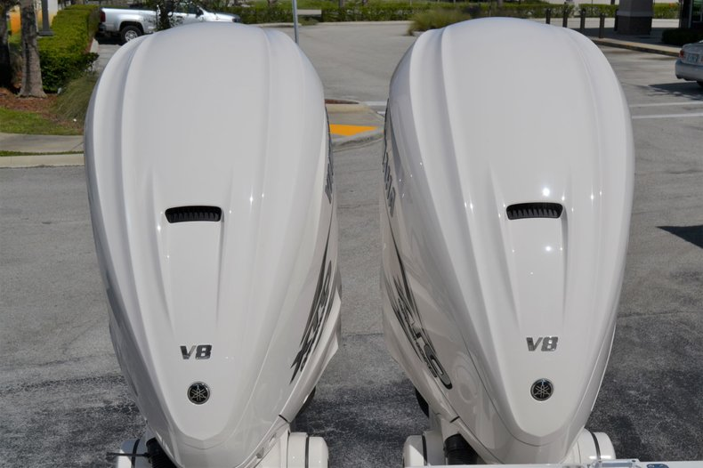 Thumbnail 15 for New 2020 Cobia 350 Center Console boat for sale in Vero Beach, FL