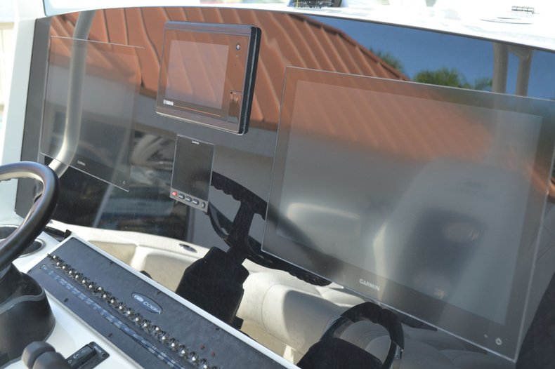 Thumbnail 22 for New 2020 Cobia 350 Center Console boat for sale in Vero Beach, FL