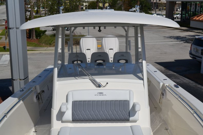 Thumbnail 27 for New 2020 Cobia 350 Center Console boat for sale in Vero Beach, FL