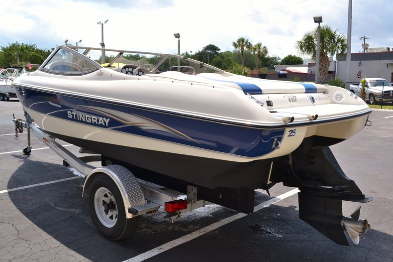 Image 5 for 2004 Stingray 200 LX in Vero Beach, FL