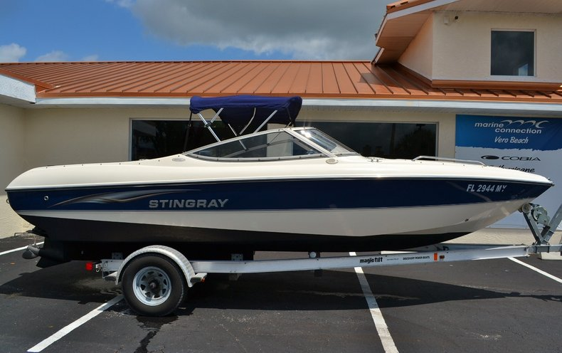 Image 0 for 2004 Stingray 200 LX in Vero Beach, FL