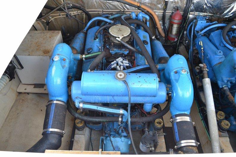 Used 1986 Tiara 3300 Flybrige boat for sale in Vero Beach