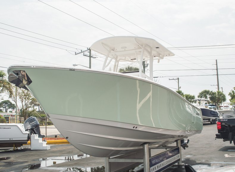 Thumbnail 7 for New 2015 Sportsman Open 252 Center Console boat for sale in Miami, FL
