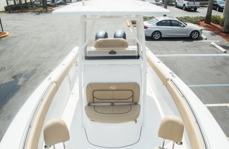 Thumbnail 76 for New 2015 Sportsman Open 252 Center Console boat for sale in Miami, FL