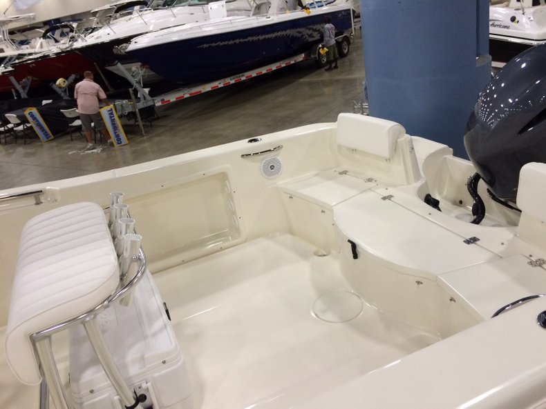Thumbnail 3 for New 2016 Bulls Bay 230 CC Center Console boat for sale in Miami, FL