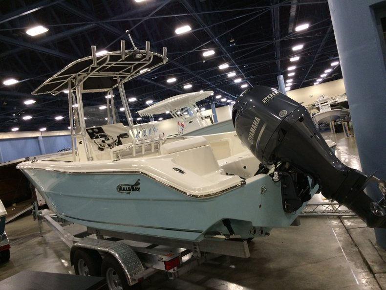 Thumbnail 1 for New 2016 Bulls Bay 230 CC Center Console boat for sale in Miami, FL