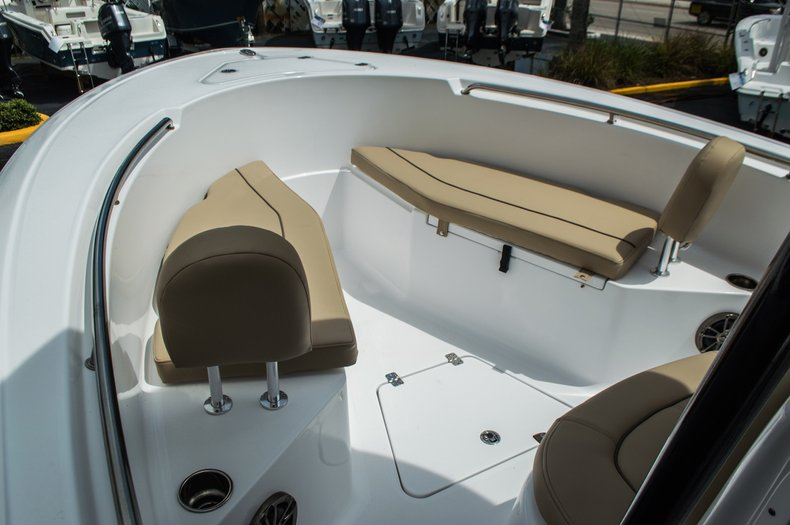 Thumbnail 9 for New 2016 Sportsman Open 232 Center Console boat for sale in Miami, FL