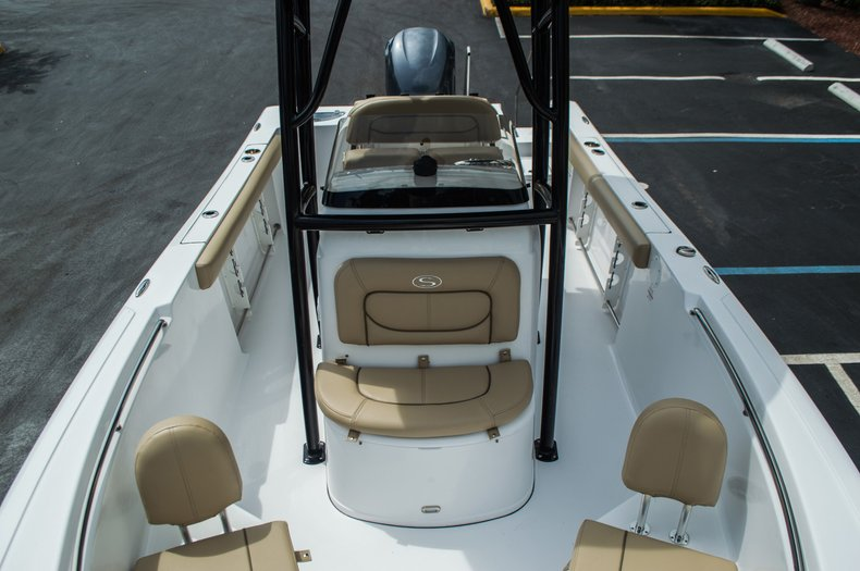 Thumbnail 17 for New 2016 Sportsman Open 232 Center Console boat for sale in Miami, FL
