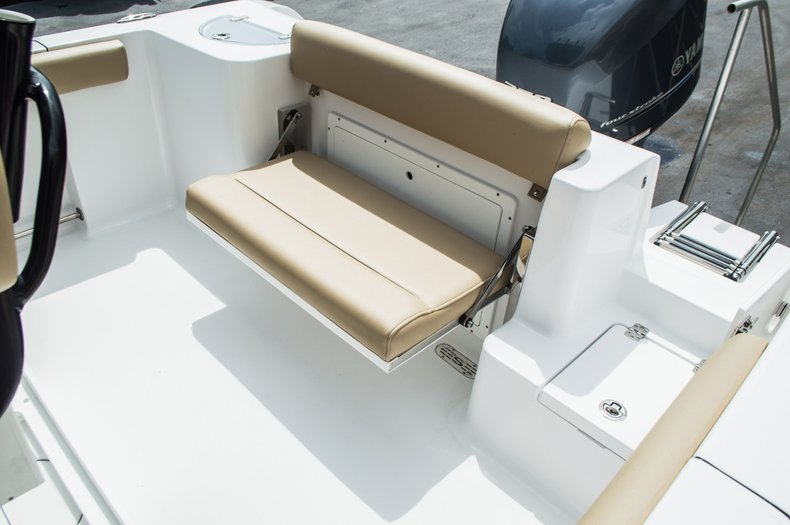 Thumbnail 30 for New 2016 Sportsman Open 232 Center Console boat for sale in Miami, FL