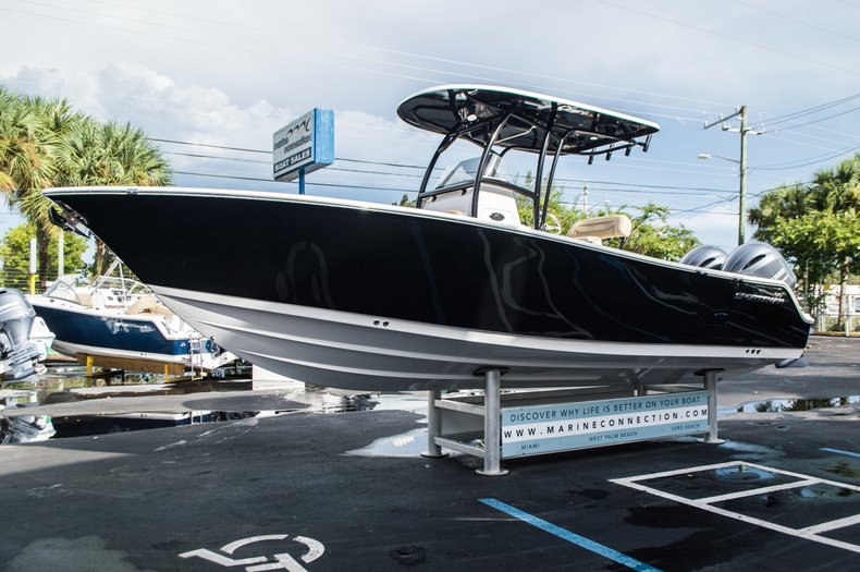 Thumbnail 3 for New 2016 Sportsman Open 252 Center Console boat for sale in Miami, FL