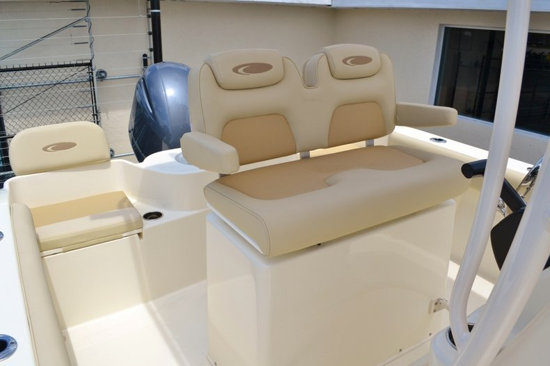 Thumbnail 21 for New 2015 Cobia 217 Center Console boat for sale in Miami, FL