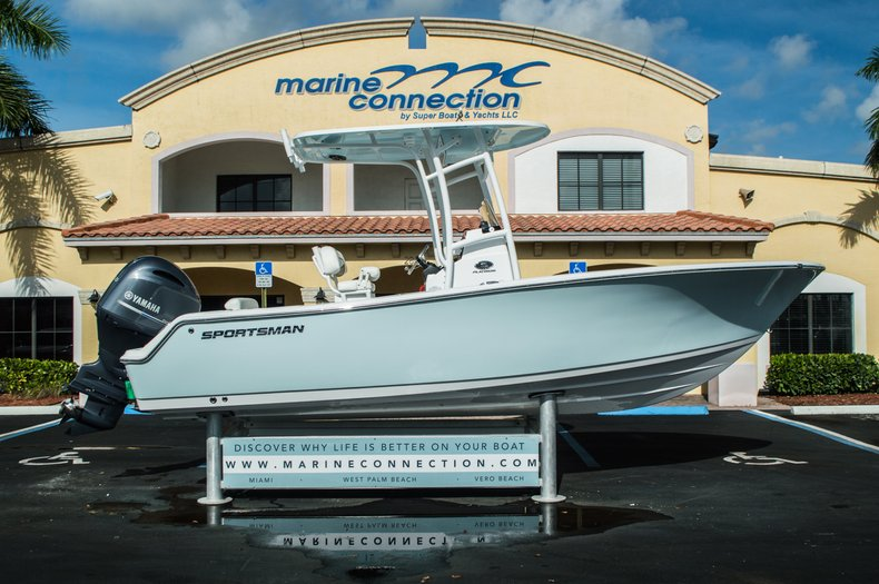 Photo for 2016 Sportsman Open 212 Center Console
