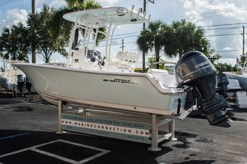 Thumbnail 5 for New 2016 Sportsman Open 212 Center Console boat for sale in Miami, FL