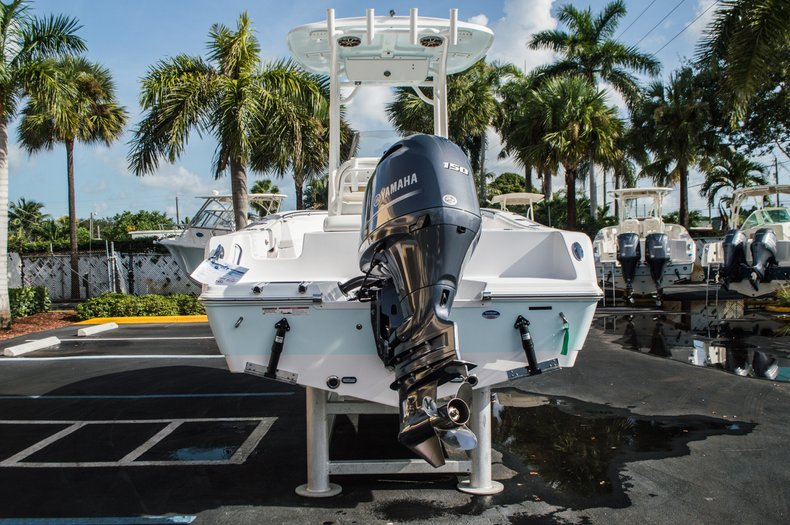 Thumbnail 6 for New 2016 Sportsman Open 212 Center Console boat for sale in Miami, FL