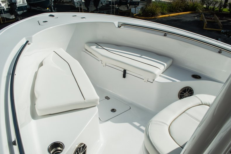 Thumbnail 10 for New 2016 Sportsman Open 212 Center Console boat for sale in Miami, FL