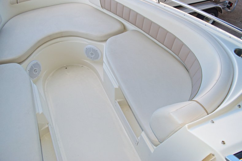 Thumbnail 22 for Used 2002 Regal 2900 LSR Bowrider boat for sale in Miami, FL