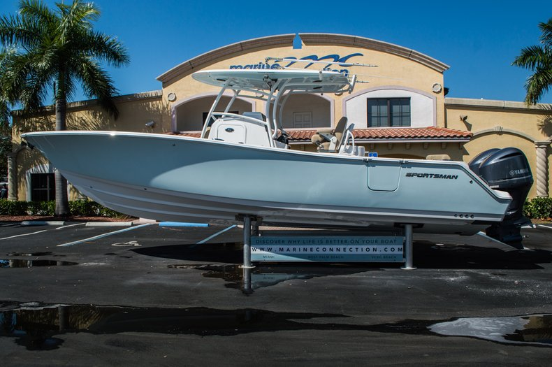Thumbnail 8 for New 2016 Sportsman Open 312 Center Console boat for sale in Miami, FL