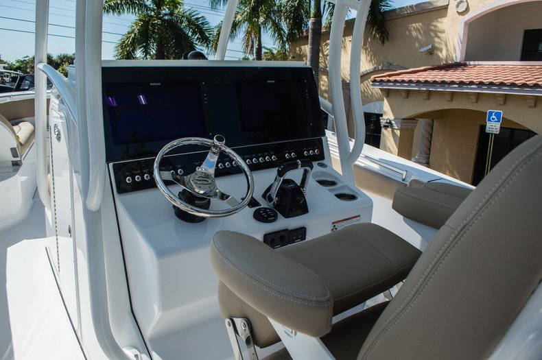 Thumbnail 54 for New 2016 Sportsman Open 312 Center Console boat for sale in Miami, FL