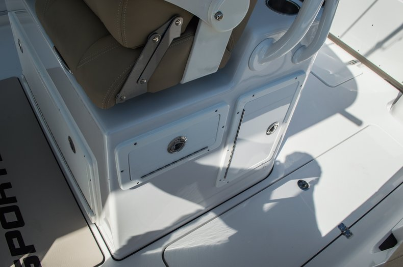 Thumbnail 71 for New 2016 Sportsman Open 312 Center Console boat for sale in Miami, FL