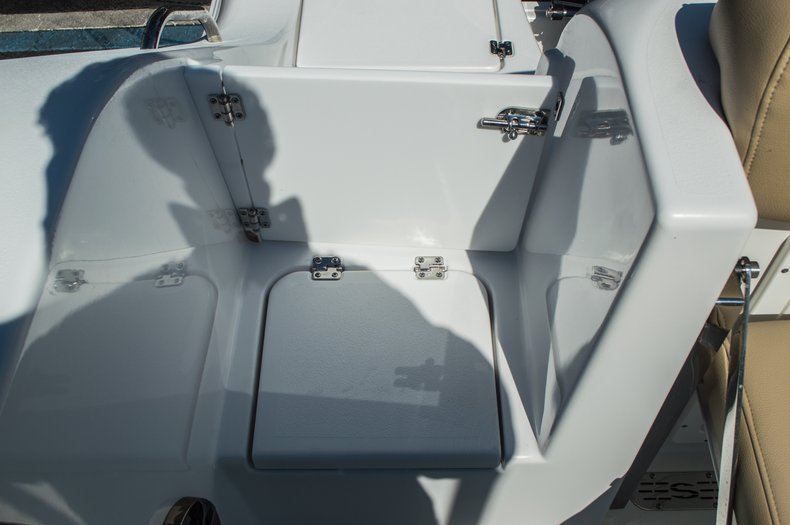 Thumbnail 90 for New 2016 Sportsman Open 312 Center Console boat for sale in Miami, FL