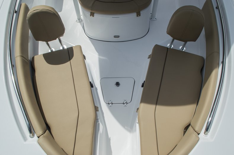 Thumbnail 18 for New 2016 Sportsman Open 212 Center Console boat for sale in Miami, FL