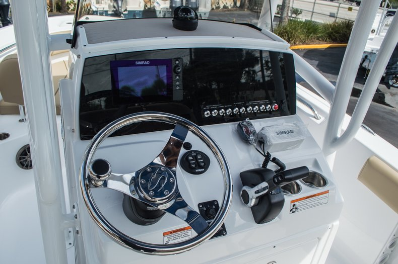 Thumbnail 28 for New 2016 Sportsman Open 212 Center Console boat for sale in Miami, FL