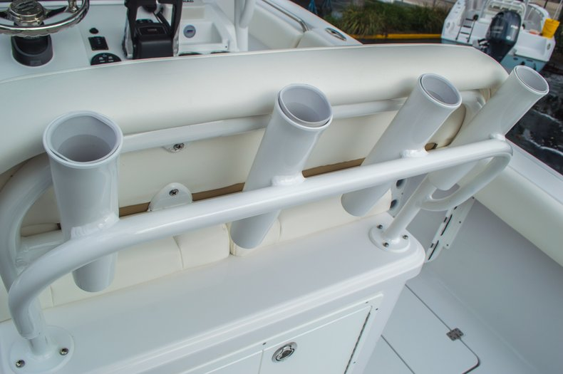 Thumbnail 34 for New 2016 Sportsman Open 252 Center Console boat for sale in Miami, FL