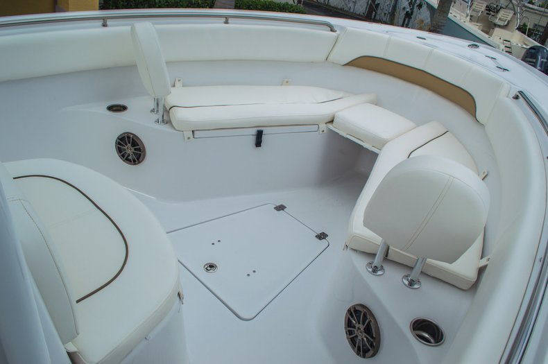 Thumbnail 54 for New 2016 Sportsman Open 252 Center Console boat for sale in Miami, FL