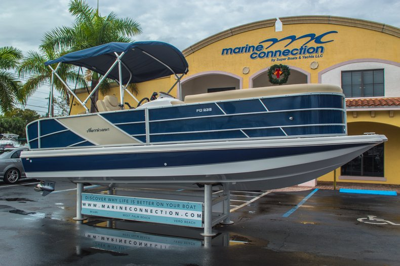 Thumbnail 1 for New 2016 Hurricane FunDeck FD 236 OB boat for sale in Miami, FL