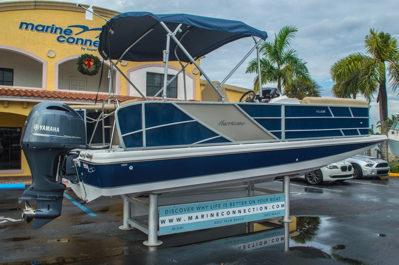 Thumbnail 7 for New 2016 Hurricane FunDeck FD 236 OB boat for sale in Miami, FL