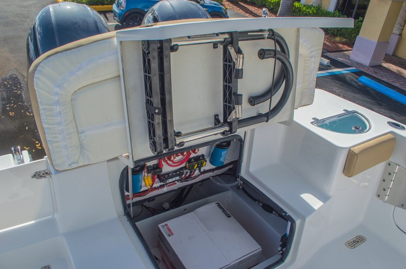 Thumbnail 17 for New 2016 Sportsman Heritage 251 Center Console boat for sale in Miami, FL