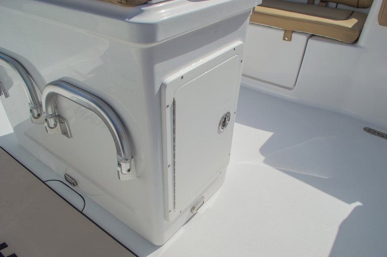 Thumbnail 25 for New 2016 Sportsman Heritage 251 Center Console boat for sale in Miami, FL
