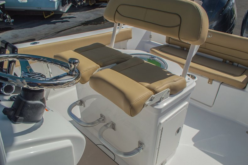 Thumbnail 28 for New 2016 Sportsman Heritage 251 Center Console boat for sale in Miami, FL