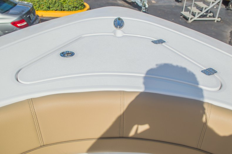 Thumbnail 49 for New 2016 Sportsman Heritage 251 Center Console boat for sale in Miami, FL