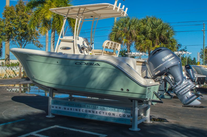 Thumbnail 5 for New 2016 Cobia 201 Center Console boat for sale in Miami, FL