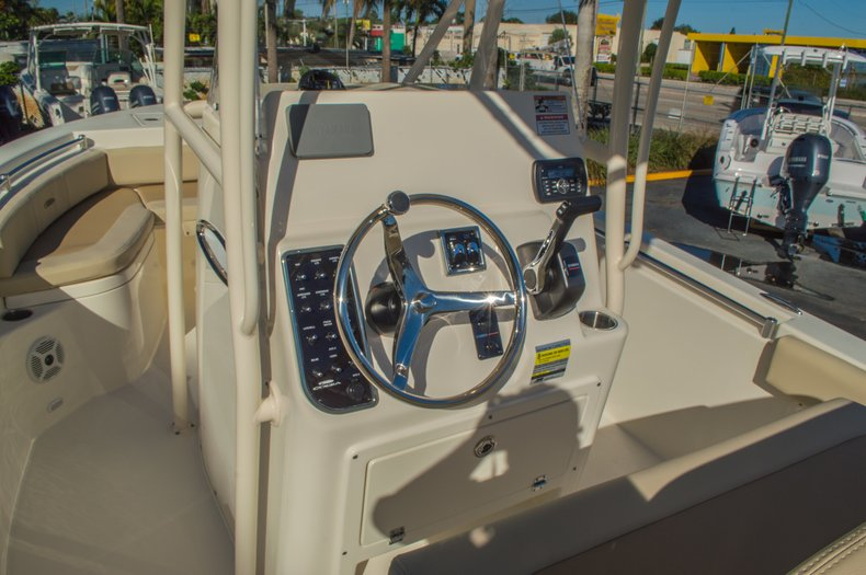 Thumbnail 20 for New 2016 Cobia 201 Center Console boat for sale in Miami, FL