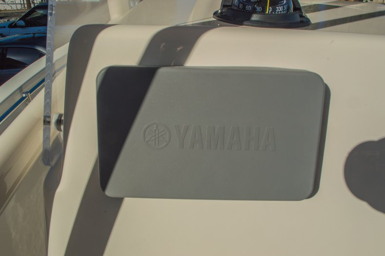 Thumbnail 25 for New 2016 Cobia 201 Center Console boat for sale in Miami, FL