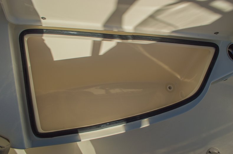 Thumbnail 42 for New 2016 Cobia 201 Center Console boat for sale in Miami, FL