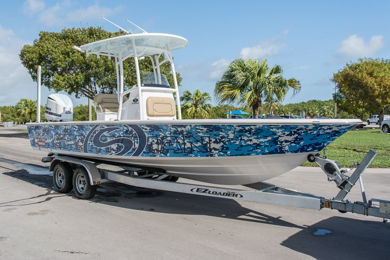 Thumbnail 5 for New 2016 Sportsman Masters 247 Elite Bay Boat boat for sale in Miami, FL