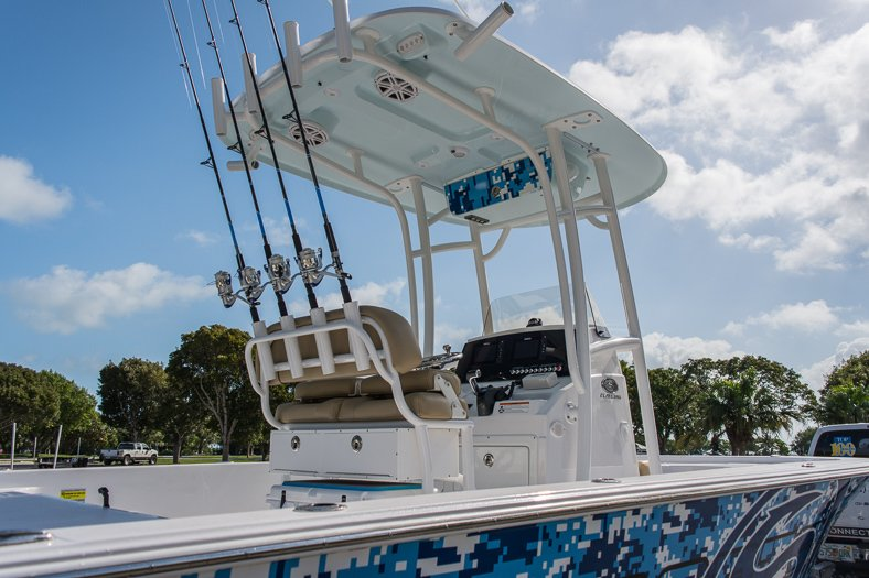 Thumbnail 15 for New 2016 Sportsman Masters 247 Elite Bay Boat boat for sale in Miami, FL