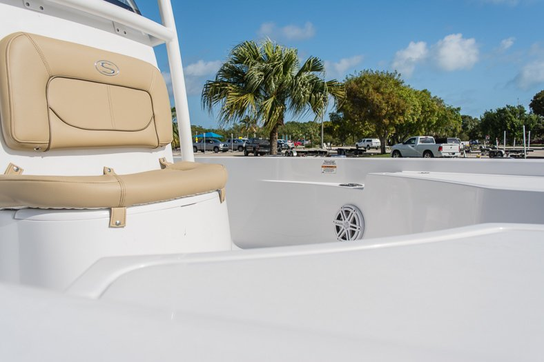 Thumbnail 23 for New 2016 Sportsman Masters 247 Elite Bay Boat boat for sale in Miami, FL