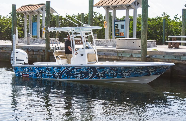 Thumbnail 24 for New 2016 Sportsman Masters 247 Elite Bay Boat boat for sale in Miami, FL